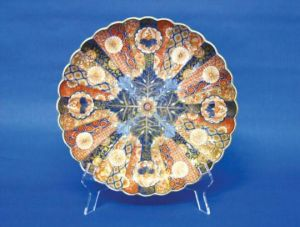 LAH_Antiques_scalloped dish.jpg